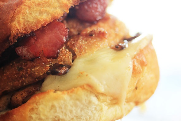 Bacon Mushroom Swiss burger recipe