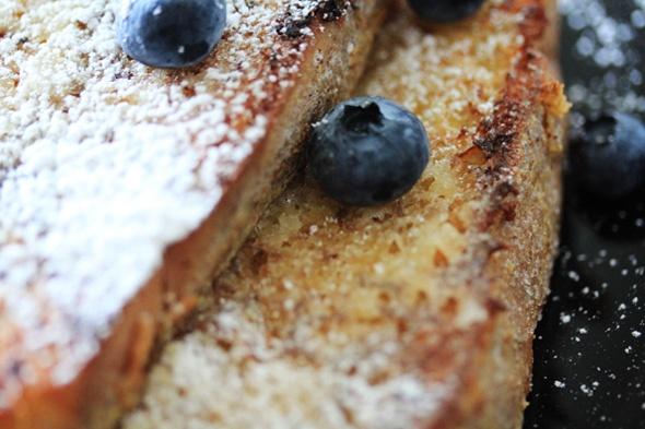 Sugar-crusted Vanilla Bean & Cinnamon French Toast
