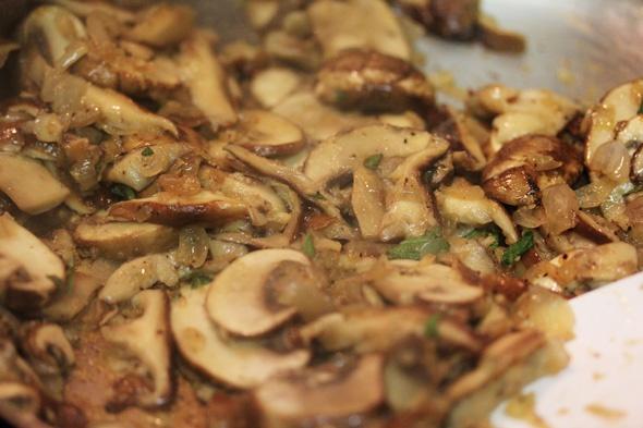 Pasta with Mushrooms, Pancetta & Sage