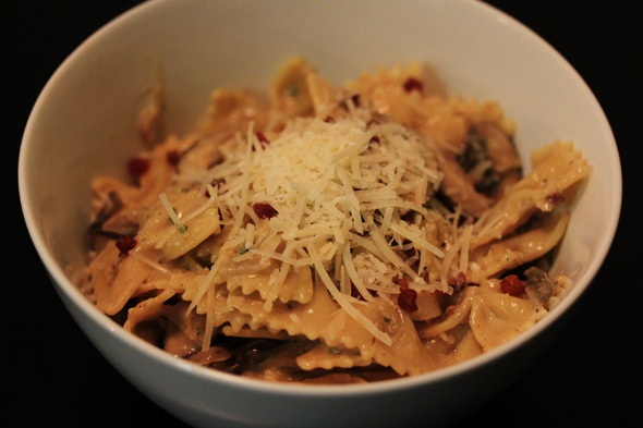 Pasta with Mushrooms, Pancetta & Sage