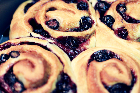 Lemon Glazed Blueberry Cinnamon Rolls