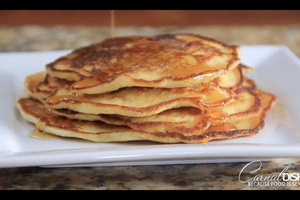"Buttery ""Buttermilk"" Pancakes | A Kitchen Hack"