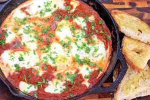 Shakshuka – Eggs in Purgatory