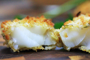 Crispy Oven-Baked Cod with Roasted Red Pepper Sauce