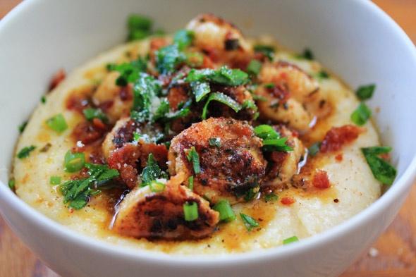 Shrimp & Creamy Parmesan Grits