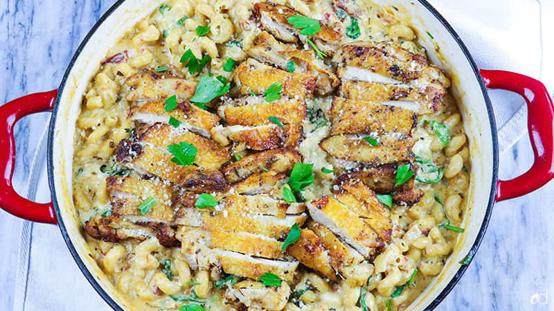 Garlic Tuscan Chicken Pasta