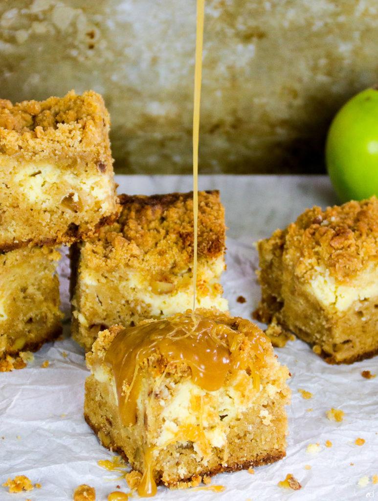 Dutch Apple Cheesecake Blondies