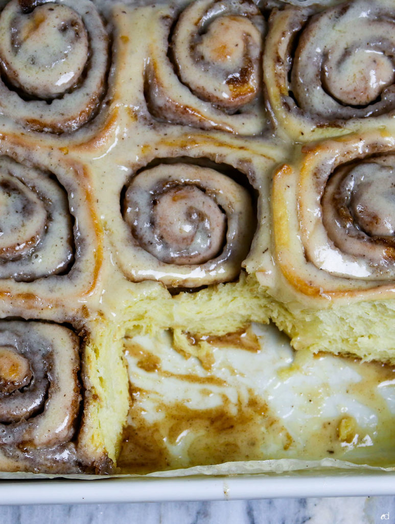 Brown Butter Cinnamon Rolls Featured2