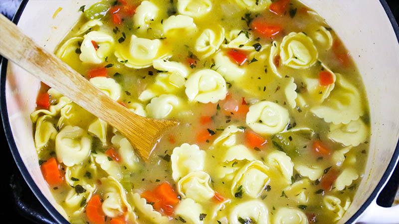 Creamy Chicken Tortellini Soup 19