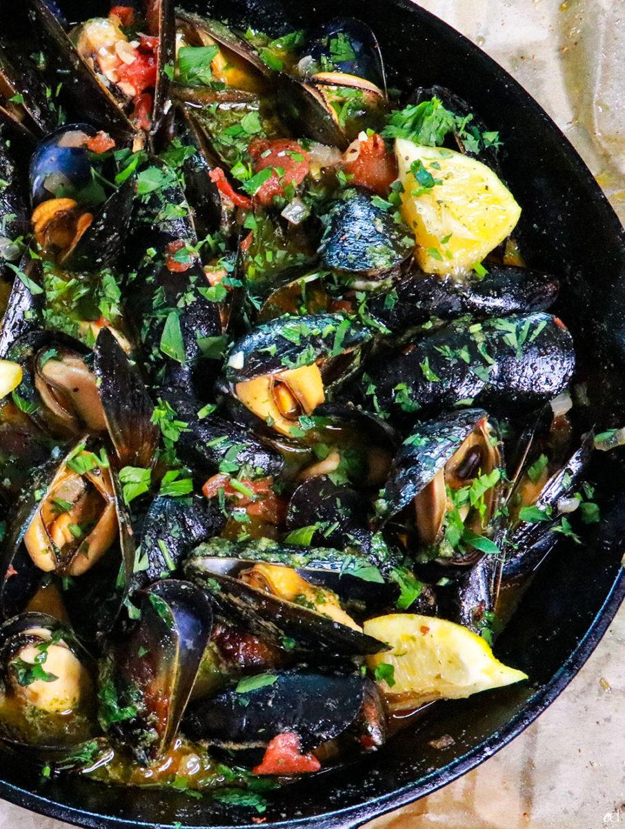 Grilled Drunken Beer Braised Mussels